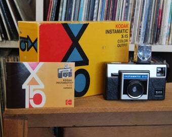 1970's Kodak Instamatic X-15 Camera Outfit with Flashcube & Instructions