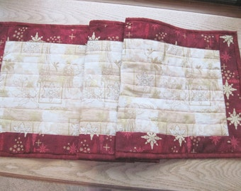 Quilted table runner Elegant gold with red Holiday Christmas