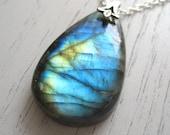 Lovely Blue Teardrop Shaped Labradorite Pendant Necklace