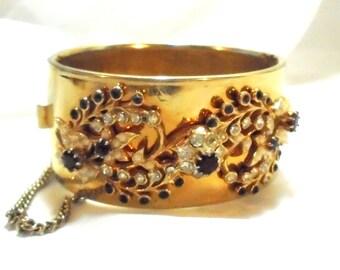 Fabulous Wide Hinged Flower Rhinestone Vintage Bracelet