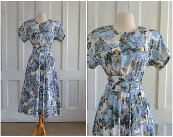 80s does 50s Dress Fit and Flare Belted Floral Dress Full Skirt