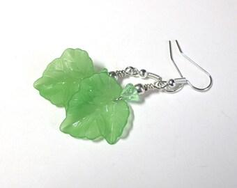 Green Lucite Leaf Earrings, Leaf Earrings, Autumn Earrings, Czech Glass Flower Earrings, Antique Silver