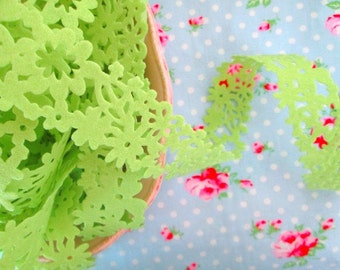 Felt Floral Trim - Lime Green - 1 1/2 inch- 1 Yard