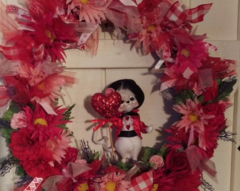 Annalee Mouse Pink and Red Valentine Wreath