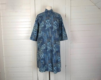 60s Feather Print Dress in Blue & Gray- 1960s Plus Size Robe- Flannel