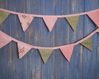 Tiny Bunting.  Kids Bunting // Cotton Bunting // shabby Chic Bunting // Wedding Decor // Party Bunting // Handmade Bunting // Garland.