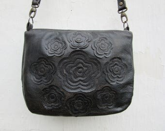 Womens Leather Purse Black leather messenger bag Leather Floral Messenger Crossbody purse Black Gold Roses