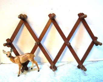 Vintage Peg Rack,  Accordion Wall Hanger, Dark Stained Wood, Cottage Style Wooden Organizer, Wall Hanger, Hats Jewelry Towels Holder
