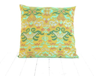 "Ikat, Cotton, Hand Woven, 20"" x 20"" , 51 cm x 51 cm, Zip Enclosure, Green"