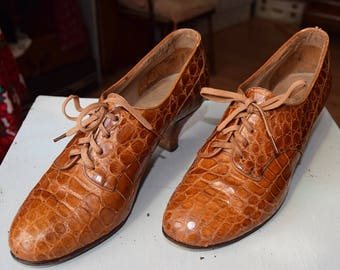 1930's Tan Alligator Shoes size UK approx 4