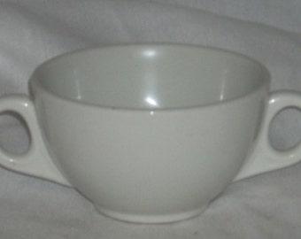 Buffalo China White Bouillon Cup Double Handles Restaurant Dinnerware