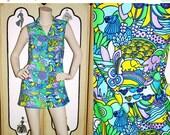 20% Off Vintage 60's Psychedelic Jungle Tunic or Mini Dress. Elephants, Giraffes, Lions, Turtles, Aligators, Fish. Small.
