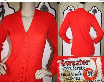 20% Off 1970's Red 12 Button Ribbed Cardigan with Front Pockets. Medium. Size 38.