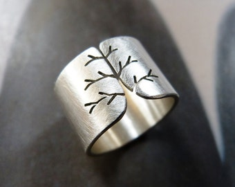 Statement silver ring fall tree wide band autumn natural jewelry minimalist mood modern birthday gift for wife for mother for girl