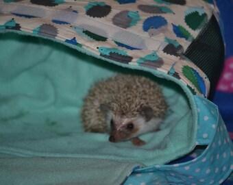 Happy hedgehog bag (aquahogs fabric)