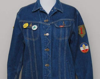 1980s women's blue jean jacket with patches and pins/ 80s blue jean jacket/ Ms Lee