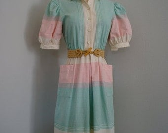 30% off// Vintage TAKE Me for ICE CREAM Linen Dress with Pockets (s-m)