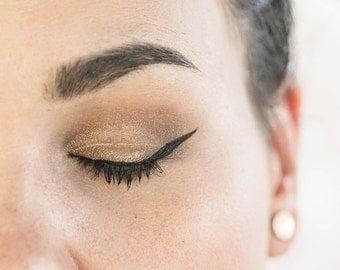 Clean Lines Natural Liquid Eyeliner