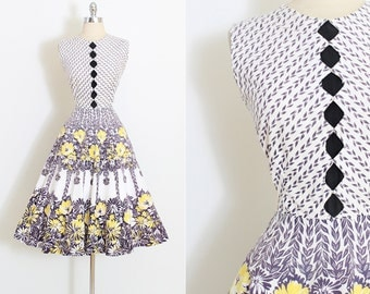 Vintage 50s Dress | 1950s dress | cotton floral print rhinestones | medium | 5883