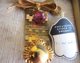 1930s Gold Fill Pendant or Brooch