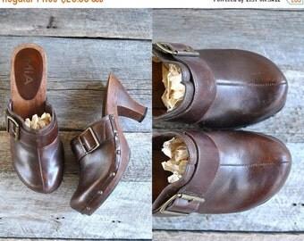 25% off sale - Wooden Leather Clogs Sz 8  //  High Heel Clogs  Sz 38.5  //  FESTIVAL BOUND