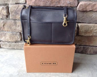 Vintage Black Leather Coach Shoulder Strap Purse 2730  / Classic Style Coach / NYC