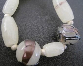 IVORY ALABASTER GLASS - 9  Handmade Lampwork Glass Beads