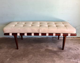 MID CENTURY MODERN Wood Bench with Cream Cushion (Los Angeles)