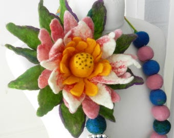 sale  sale  Felted Flower, Hand Felted , Wool Jewelry felted NECKLACE