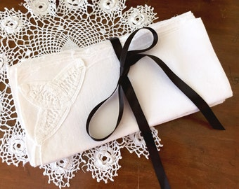 Vintage Linen Napkins Set of 8 Table Setting Battenburg Tape Lace White Scalloped Bridal Shower Tea Party