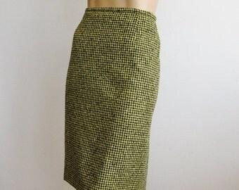 HOLIDAY SALE Vintage 80s Skirt Mondi Italian Wool Black & Yellow Houndstooth Check Pencil Skirt