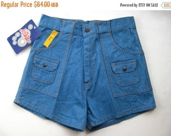 HOLIDAY SALE Vintage 70s 80s Deadstock High Waisted Denim Hi Gear Shorts 29w