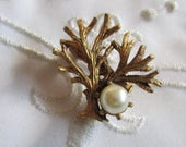 Vintage Small Brass Tree with Small Faux Pearl Brooch