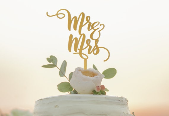wedding cake toppers mr and mrs mr and mrs cake topper wedding cake topper mr n mrs cake 26547