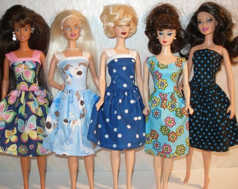 Handmade Barbie clothes - mixed lot of 5 blue print dresses