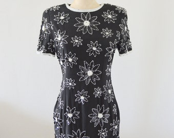 SEQUINED BLACK and WHITE Floral Wiggle Dress Boho Chic Wedding Prom Pageant Cocktail Party Vintage A.J. Bari