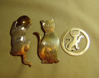 Vintage Sterling Silver Lot 2 Cat Pins & 1 Cat Pendant Mexico Mexican 8821