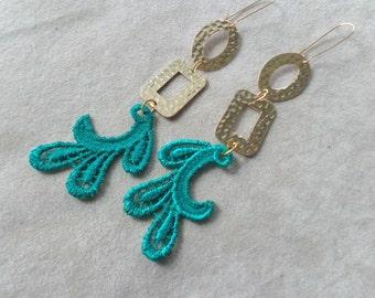 Emerald green dangle earrings, lace earrings, gold green earrings, long earrings