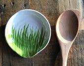 Spoon rest, green grass ceramic spoon rest, round