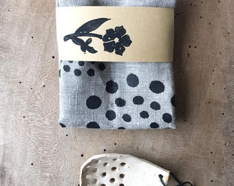 Farmhouse tea towels, Linen rustic towels, Polka dot tea towels, Gift for her, Housewarming gift, Kitchen gift idea, Handmade tea towels