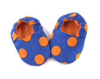 Adorable Reversible Infant Crib Shoes - Blue & Orange - Florida Gators - Shower Gift, Welcome Baby, Slippers, Baby Booties, Moccasins