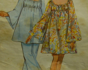 """1960s Angel Dress Pattern, Scoop Gathered Neck, Empire Waist, Full Long Sleeves, Tunic, Butterick No. 5225 Size 12 (Bust 24"""" 87cm)"""