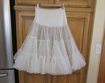 Vintage 1950's Very Full Net Mesh Can-Can Crinoline Petticoat-Excellent condition!