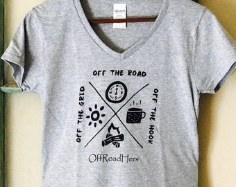 """Women's """"OFF THE HOOK"""" T-shirt"""