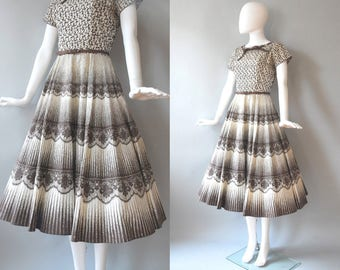 SALE 1950s Dress / Lace Print Cotton Dress / 50s