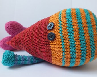 Hand knitted bird, knitted bird made of cotton yarn