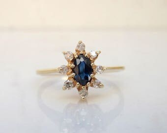 Vintage Oval Cut Genuine Blue Sapphire and Diamond Halo Ring Set in 14k Solid Yellow Gold, Size 4