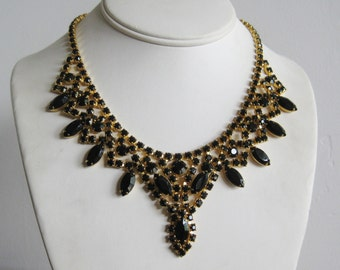 Vintage 50s Jeweled Black Rhinestone Gold Glamour Girl Bib Collar Necklace