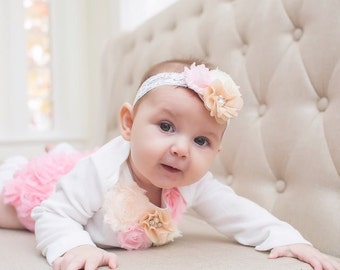 Easter Spring Floral Outfit. Newborn Baby Girl Coming Home Outfit, 1st Birthday.  Pink, Blush. Floral Bodysuit, Bloomers, Leggings, Headband