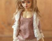 Pink sweater & white faux fur vest for slim MSD BJD